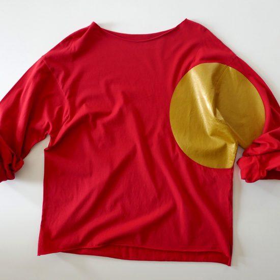 bollo oro su fondo rosso